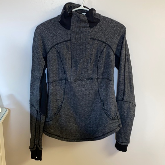 Lululemon running pullover 🏃🏽♀️🏃🏽♀️